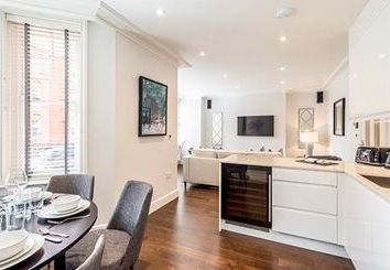 Thumbnail 2 bed flat to rent in Hamlet Gardens W6, Ravenscourt Park