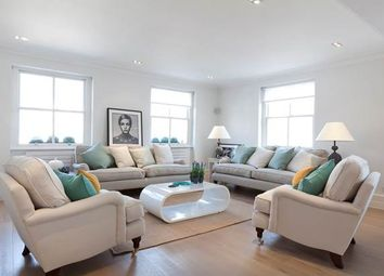 Thumbnail 2 bedroom flat to rent in Bedford Gardens, London