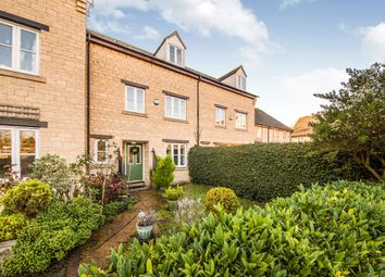 Thumbnail 4 bed town house for sale in Grangers Place, Witney