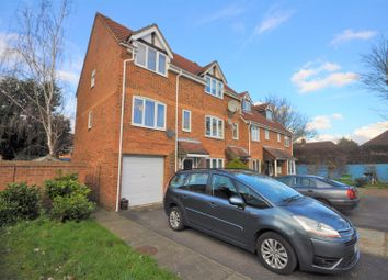 Thumbnail 3 bed town house for sale in Heathfield Drive, Mitcham
