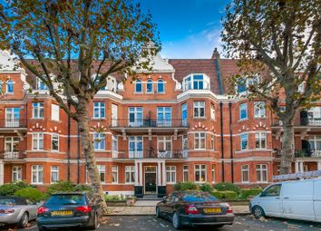 Thumbnail 3 bed flat to rent in Lauderdale Road, London