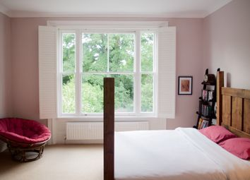 Thumbnail 2 bed flat to rent in Thicket Road, London, London