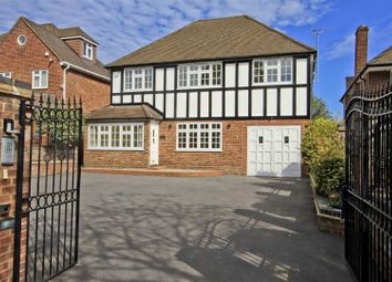 Warren Road, Ickenham UB10. 5 bed detached house