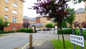 Thumbnail 2 bed flat to rent in St Peters Street, Maidstone