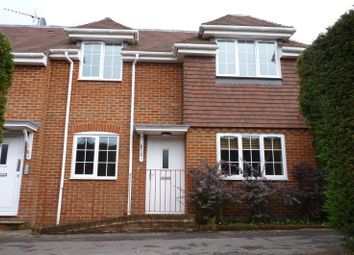 Thumbnail 1 bed flat to rent in Beacon Hill Road, Hindhead