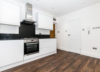 Thumbnail 3 bedroom flat to rent in Clapham Rd, London