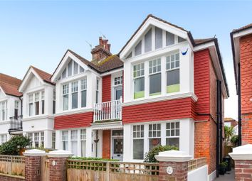 Thumbnail 2 bed flat for sale in Langdale Gardens, Hove, East Sussex
