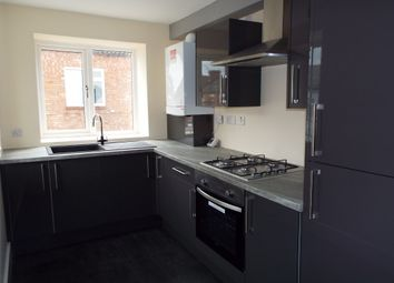 Thumbnail 2 bed flat to rent in Cavendish Road, Leicester