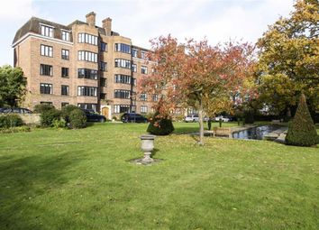 Thumbnail 3 bedroom flat to rent in Glenalmond House, Manor Fields, Putney