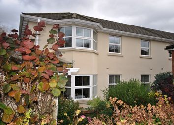 3 Stable Mews, Lime Tree Village, Dunchurch, Warwickshire CV22. 2 bed flat for sale