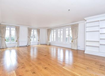 Thumbnail 3 bedroom flat to rent in East Twickenham, Middlesex