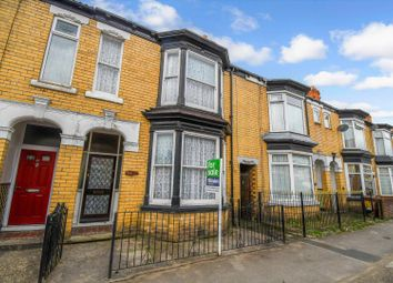 Thumbnail 3 bed terraced house for sale in East Park Avenue, Hull