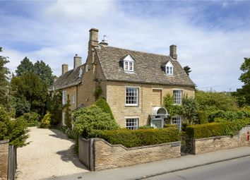 High Street, Bampton, Oxfordshire OX18. 6 bed detached house for sale