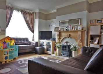 Thumbnail 2 bed town house for sale in Frimley Drive, Bradford