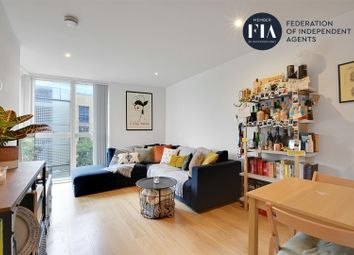 Malthouse Court, High Street, Brentford TW8. 1 bed flat for sale