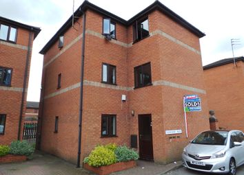Thumbnail 2 bed flat to rent in King Street East, Gainsborough