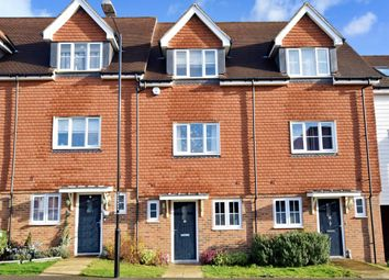 4 bed town house to rent in Wickham Road, Snodland ME6