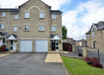 Thumbnail 4 bed town house for sale in Fountain Close, Padiham, Burnley