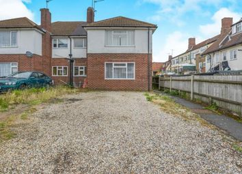 Thumbnail 2 bed maisonette for sale in Beechwood Rise, Watford, Hertfordshire