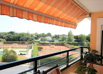 Thumbnail 3 bed apartment for sale in 2775 Carcavelos, Portugal