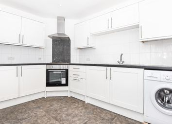 Thumbnail 3 bed maisonette to rent in Clewer Hill Road, Windsor
