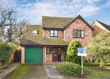 4 bed detached house for sale in Hunt Close, Bicester OX26