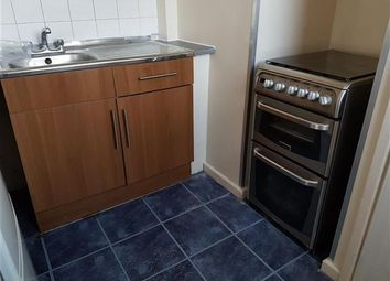 Thumbnail 1 bedroom flat to rent in Bentley Court, Moor Street, Luton