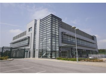 Thumbnail Office to let in Zenith Wakefield, Paragon Business Village, Paragon Avenue, Wakefield, West Yorkshire, England