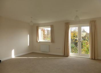 Thumbnail 2 bed flat to rent in Midshires Business Park, Smeaton Close, Aylesbury