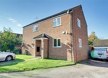 Thumbnail 2 bed maisonette for sale in Leat Close, Sawbridgeworth, Hertfordshire