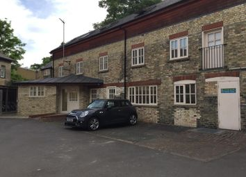 Thumbnail 1 bed flat to rent in Station Road, Cambridge