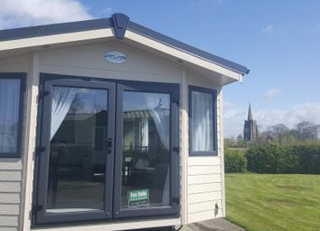 Thumbnail 2 bed mobile/park home for sale in Glenfield Leisure Park, Smallwood Hey Road, Pilling, Lancashire
