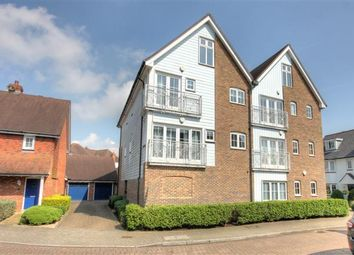 Thumbnail 2 bed flat to rent in Milton Lane, Kings Hill, West Malling, Kent