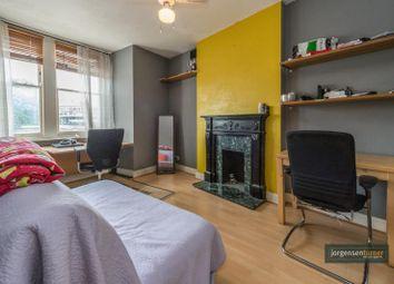 Thumbnail 1 bed flat to rent in Ellingham Road, Shepherds Bush, London