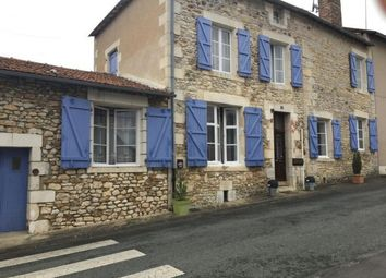 Thumbnail 5 bed block of flats for sale in 86310 Saint-Savin, France