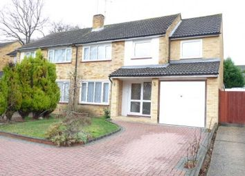 Thumbnail Room to rent in Hawthorn Road, Frimley, Camberley