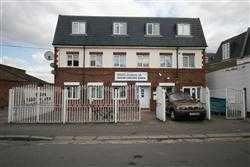 Thumbnail 2 bed flat to rent in Fairholme Road, Harrow-On-The-Hill, Harrow