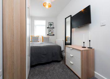 Room to rent in Moorside Road, Swinton, Manchester M27
