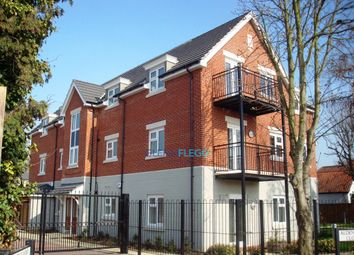 Thumbnail 2 bedroom flat to rent in Aldenham Close, Langley, Slough
