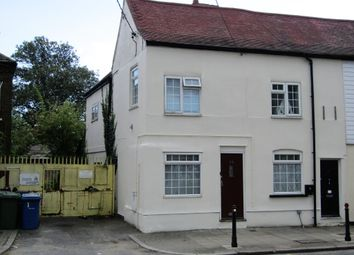 South Road, South Ockendon RM15. 2 bed end terrace house