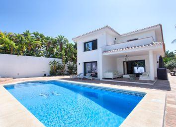 Thumbnail 4 bed villa for sale in Marbella, Marbella, Málaga, Andalusia, Spain