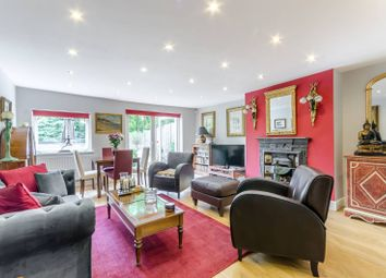 Thumbnail 2 bed flat for sale in Victoria Crescent, Crystal Palace