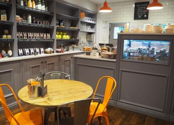 Thumbnail Restaurant/cafe for sale in Cafe & Sandwich Bars DN10, Bawtry, South Yorkshire