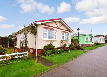 Thumbnail 2 bed mobile/park home for sale in Seasalter Road, Graveney, Faversham, Kent