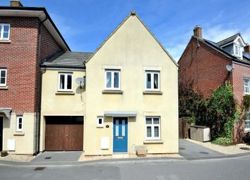 Thumbnail 3 bed link-detached house for sale in Chaffinch Chase, Gillingham