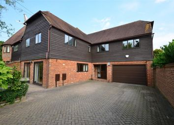 Thumbnail 6 bed detached house to rent in Tonbridge Road, Wateringbury, Maidstone