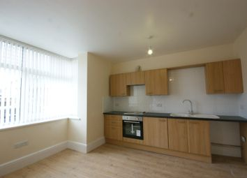 2 bed flat to rent in Fortescue Road, Paignton TQ3