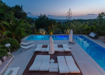 Thumbnail 6 bed villa for sale in Benimussa, Spain
