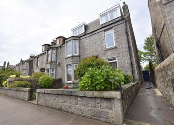 3 bed flat to rent in Elmfield Avenue, City Centre, Aberdeen AB24