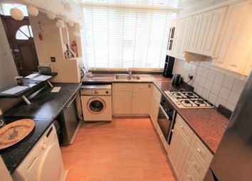 Thumbnail 6 bed detached house to rent in Roehampton Lane, London
